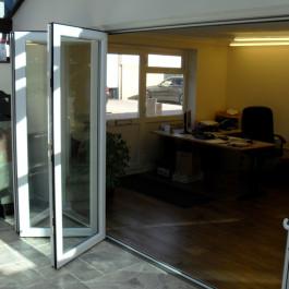 Bi Folding Doors - 18